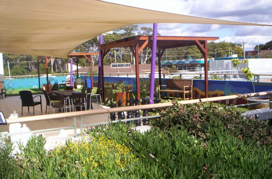 Nursing home roof garden ecoliving design for Nursing home garden design