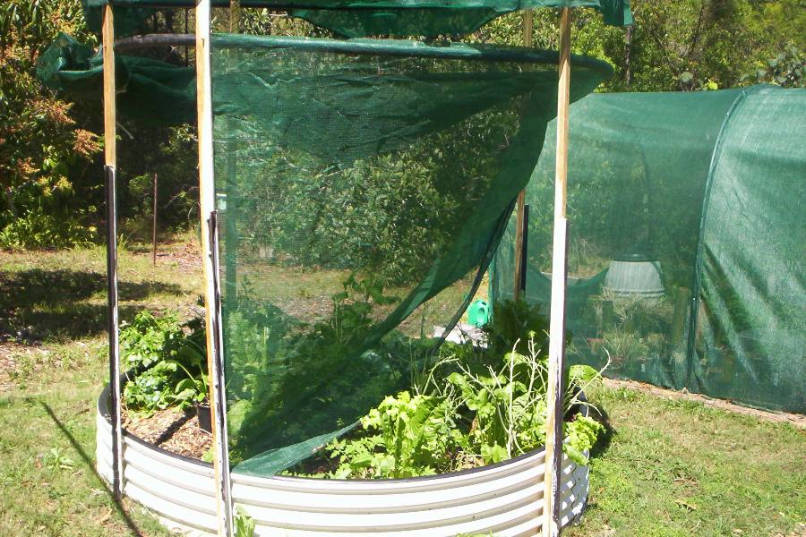 (12) adjustable shade and 5. containment